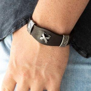 X Detail Brown Leather Bracelet